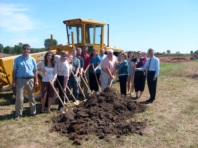 Stecker Machine holds groundbreaking for new 81,000 - square - foot warehouse facility